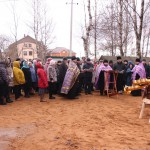Фото 1. Освящение креста в Серафимовском храме г. Хотьково