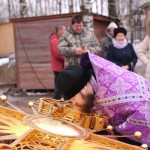 Фото 8. Освящение креста в Серафимовском храме г. Хотьково